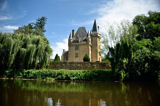 Château de St Léon-sur-Vézère - Crédit photo: Tim Jokl - Flickr
