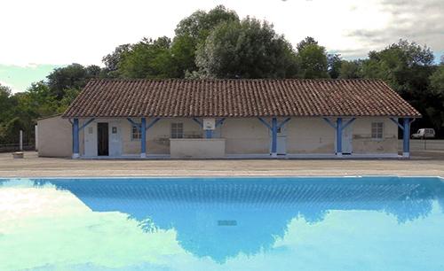 La piscine de Bourdeilles - Crédit photo: OT Dronne Belle