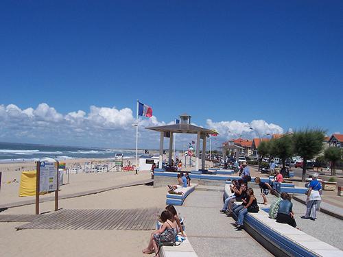 Le front de mer à Soulac - Crédit photo: Natalie Bert 31 [CC BY-SA 2.0 (https://creativecommons.org/licenses/by-sa/2.0)]