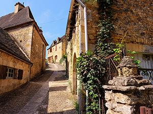 Ruelle à Beynac (Dordogne)