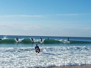 Surf à Lacanau (Gironde)