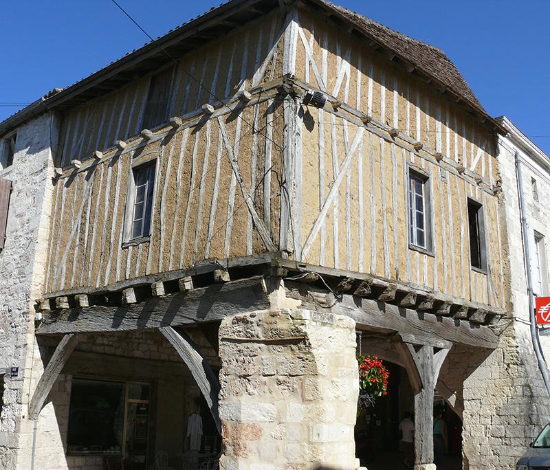 maison médiévale à Villeréal